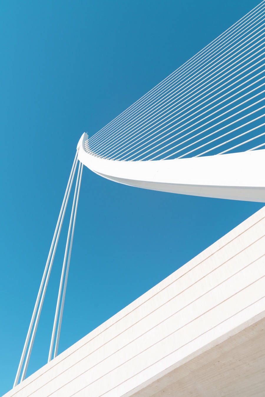 bewitching-white-and-sky-blue-architecture-photography-1-900x1349